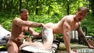 Sexy Muscular and Tattooed Gay Guy
