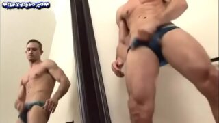 Sexy muscle solo jerks and cumshot on mirror